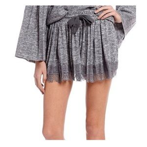 BNWT Taylor & Sage Lace Hem Lounge Shorts in Gray